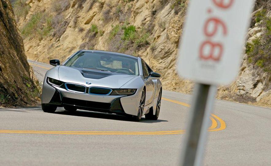 2015 BMW i8 - Slide 1