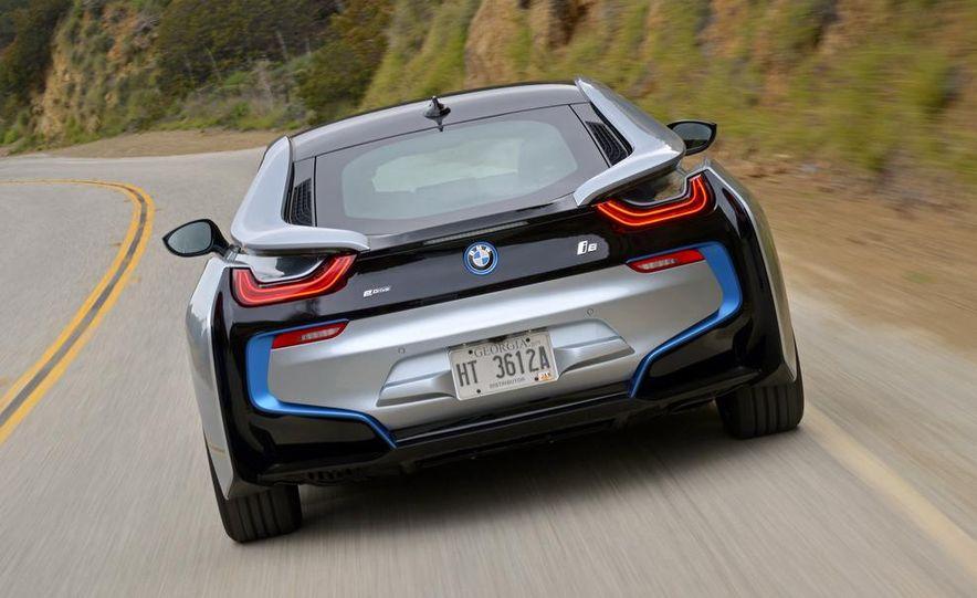 2015 BMW i8 - Slide 34