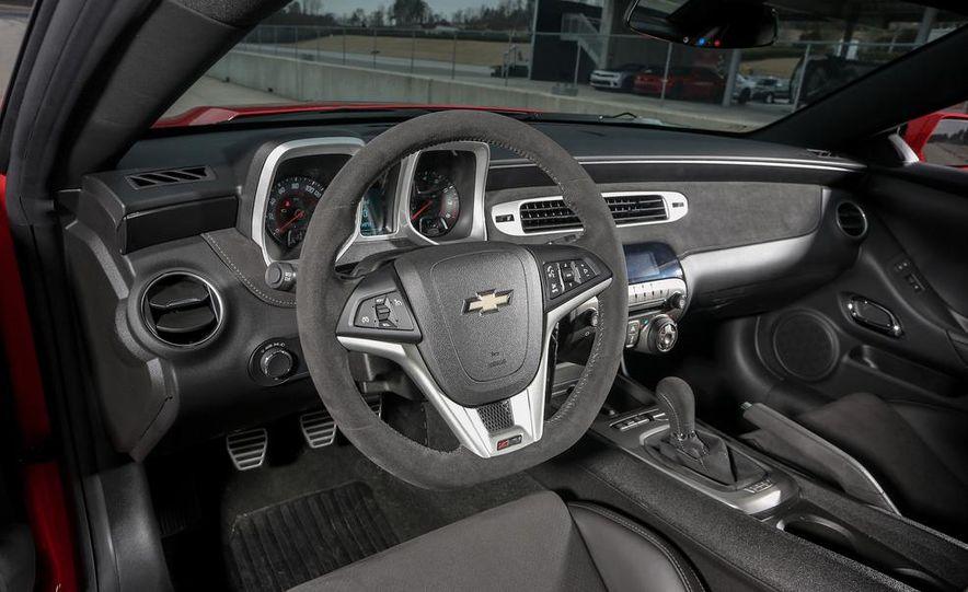 2014 Chevrolet Camaro Z/28 - Slide 25