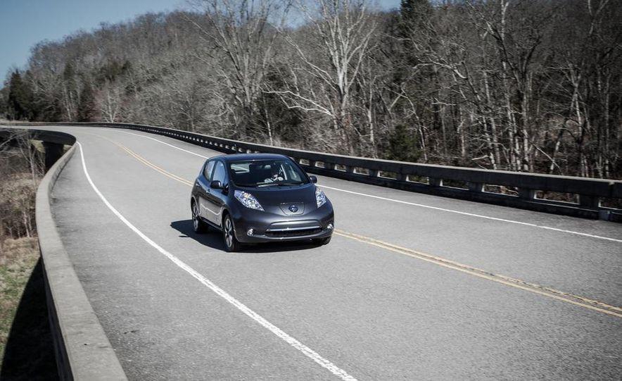 2013 Nissan Leaf - Slide 1