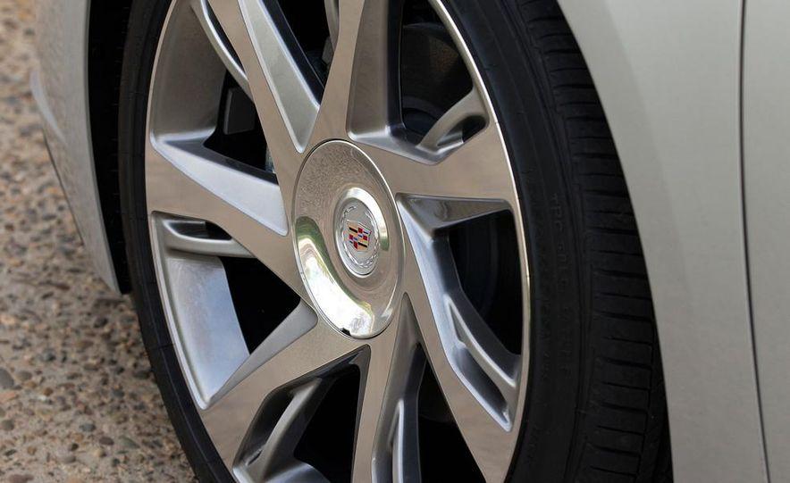 2014 Cadillac ELR - Slide 33