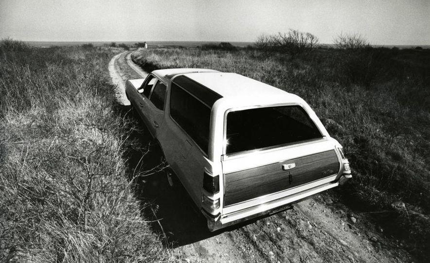 Oldsmobile Vista-Cruiser 455 - Slide 4
