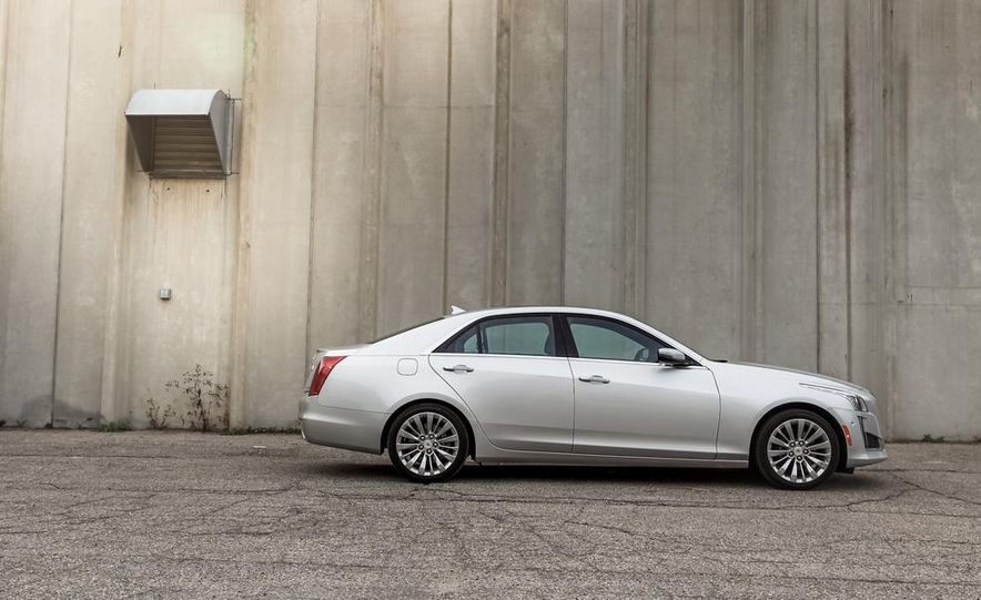 2014 Cadillac CTS 2.0T - Slide 6