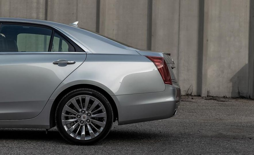 2014 Cadillac CTS 2.0T - Slide 14