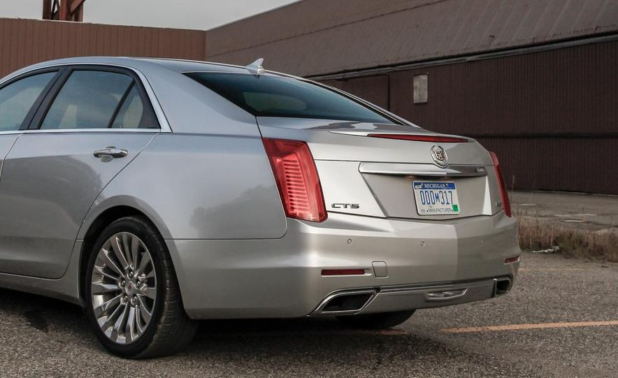2014 Cadillac CTS 2.0T - Slide 16