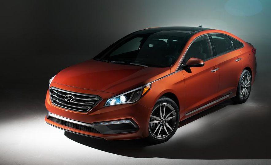 2015 Hyundai Sonata Sport 2.0T - Slide 1