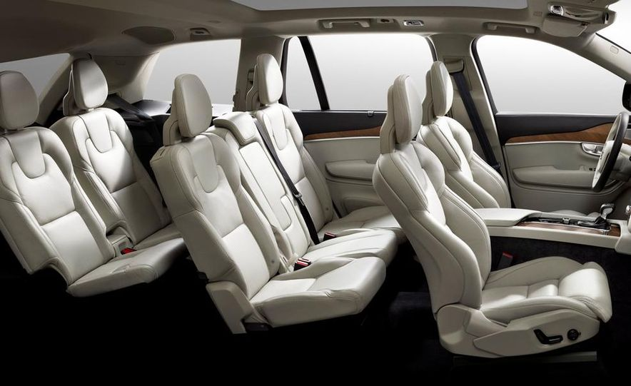 2016 Volvo XC90 interior - Slide 1