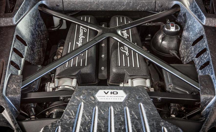 2015 Lamborghini Huracán LP610-4 - Slide 65
