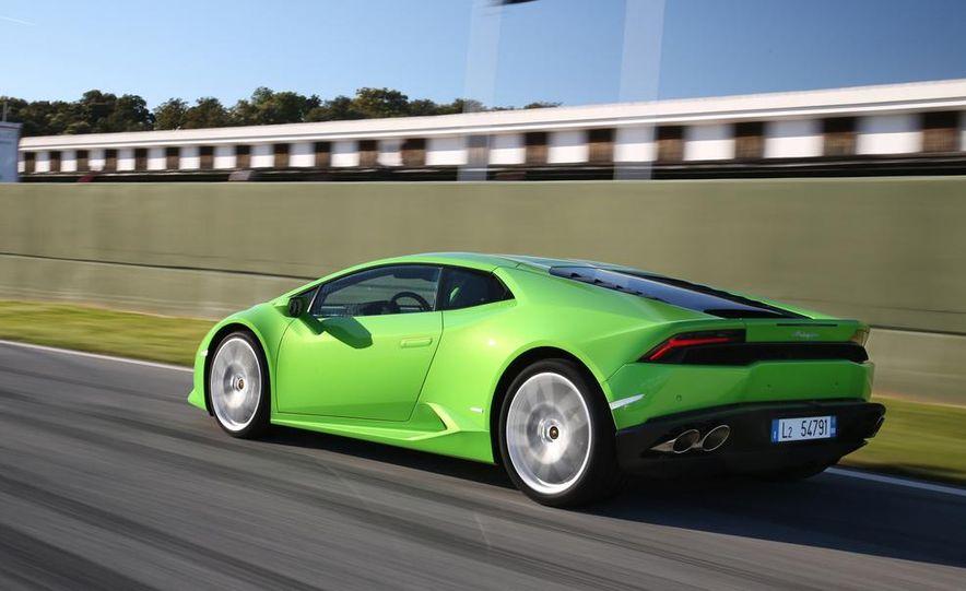 2015 Lamborghini Huracán LP610-4 - Slide 29