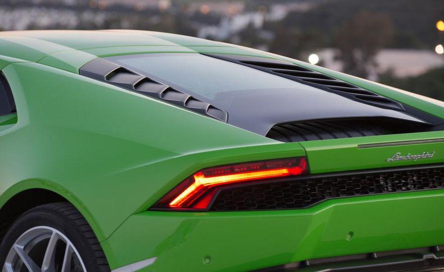 2015 Lamborghini Huracán LP610-4 - Slide 38