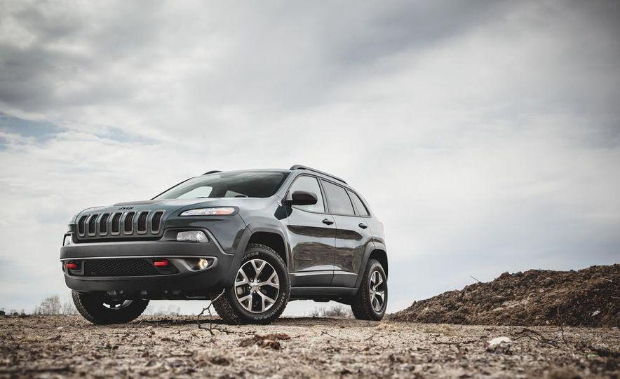 2014 Jeep Cherokee Trailhawk - Slide 2