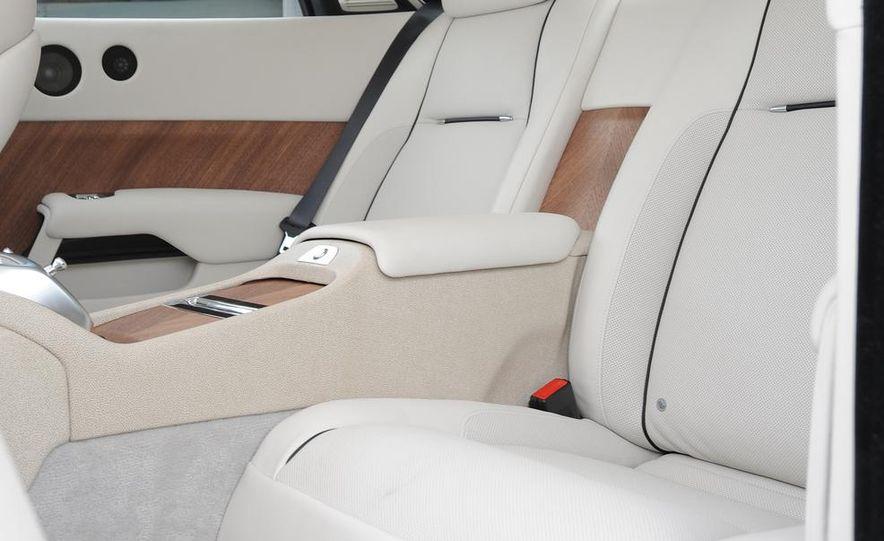 2014 Rolls-Royce Wraith - Slide 37