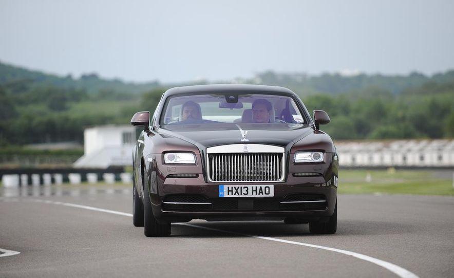 2014 Rolls-Royce Wraith - Slide 24