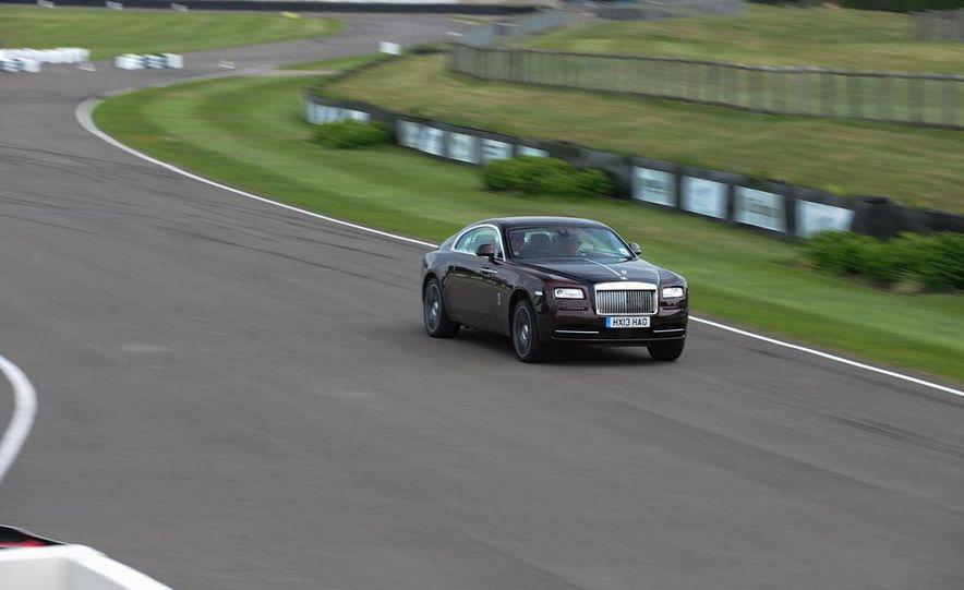 2014 Rolls-Royce Wraith - Slide 26