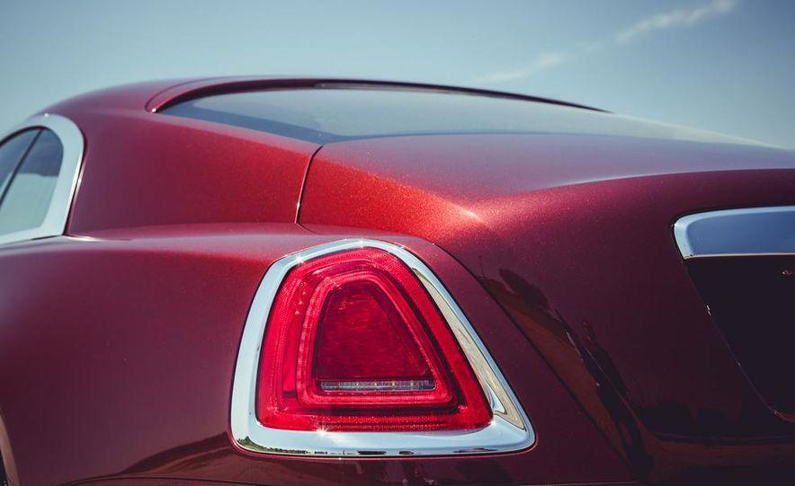2014 Rolls-Royce Wraith - Slide 4