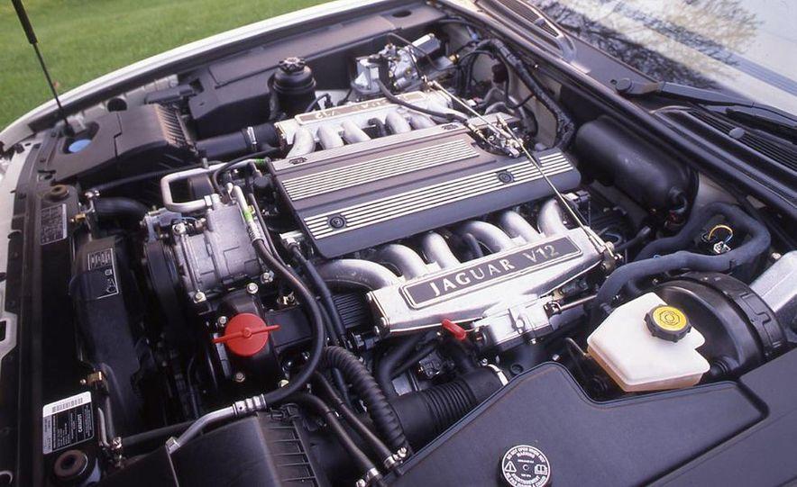 BMW 750iL, Jaguar XJ12, Mercedes-Benz S500 - Slide 6
