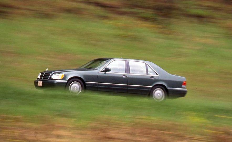 BMW 750iL, Jaguar XJ12, Mercedes-Benz S500 - Slide 7