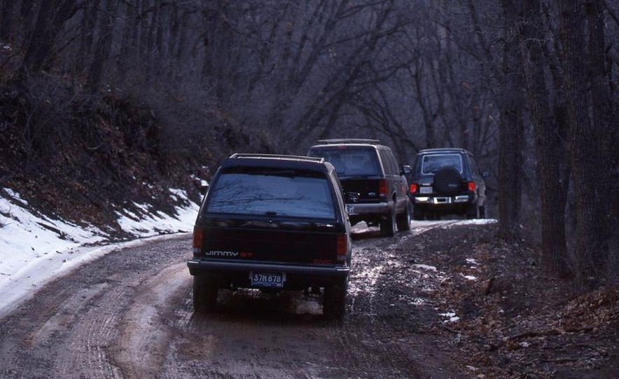 Toyota 4Runner SR5 V6 4WD, Isuzu Trooper LS, Mitsubishi Montero LS, Jeep Cherokee Laredo, Ford Explorer Eddie Bauer, Nissan Pathfinder SE V6, and GMC S-15 Jimmy SLX - Slide 3