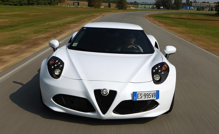 2014 Alfa Romeo 4Cs - Slide 27