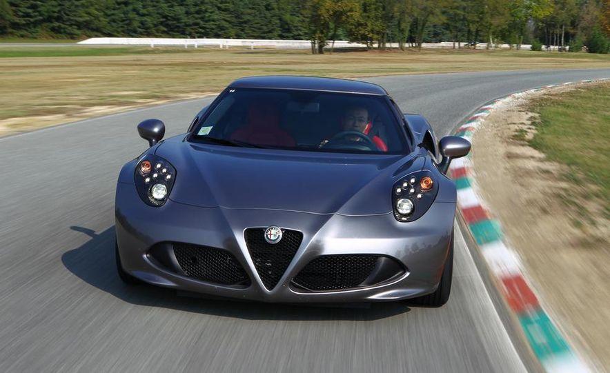 2014 Alfa Romeo 4Cs - Slide 31