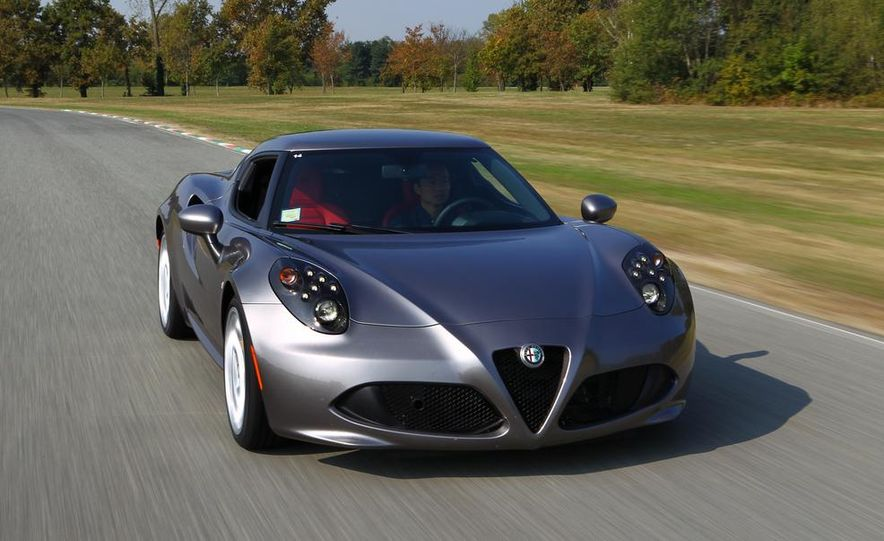 2014 Alfa Romeo 4Cs - Slide 32