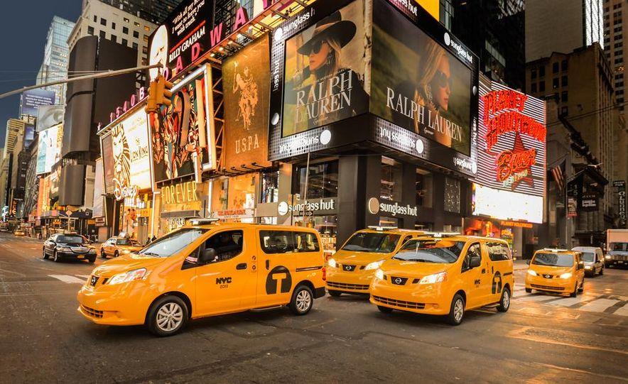 2014 Nissan NV200 Taxis - Slide 1