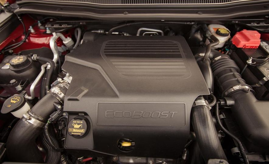 2015 Ford Explorer XLT - Slide 54