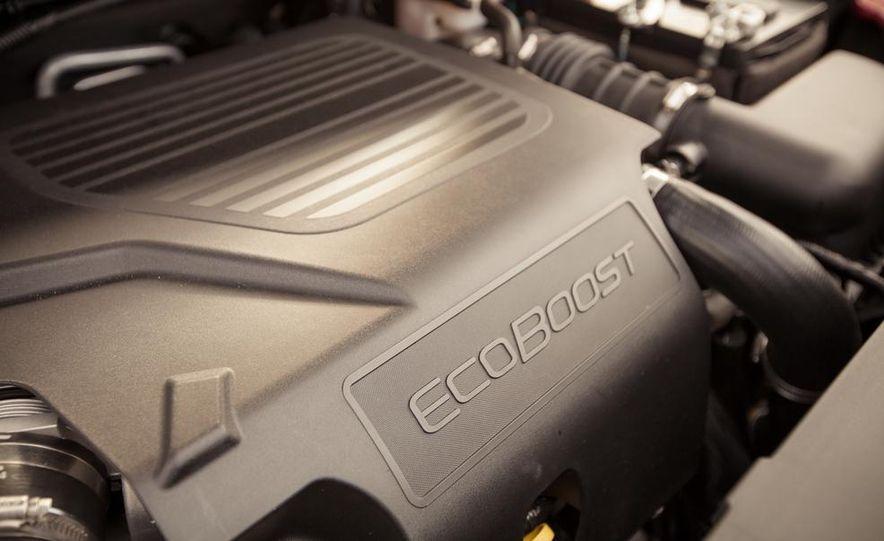 2015 Ford Explorer XLT - Slide 55