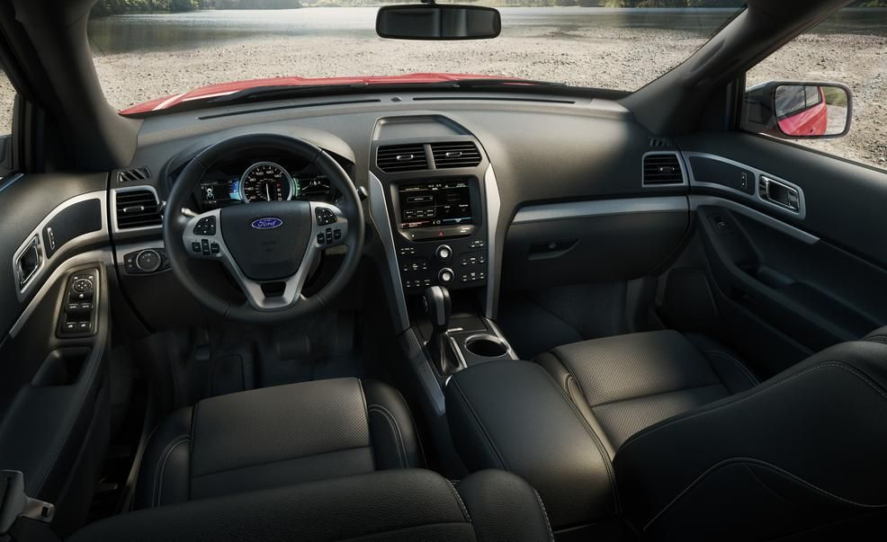 2015 ford explorer xlt pictures photo gallery car and driver
