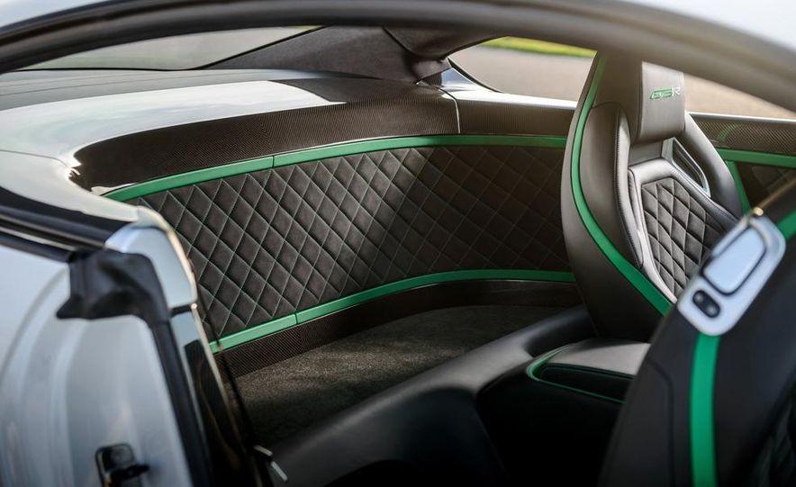 2015 Bentley Continental GT3-R - Slide 15