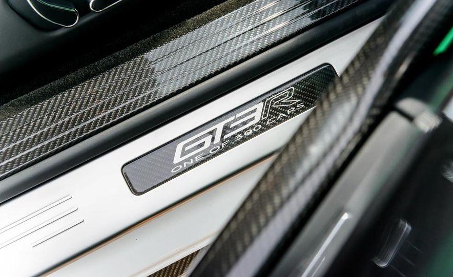 2015 Bentley Continental GT3-R - Slide 18