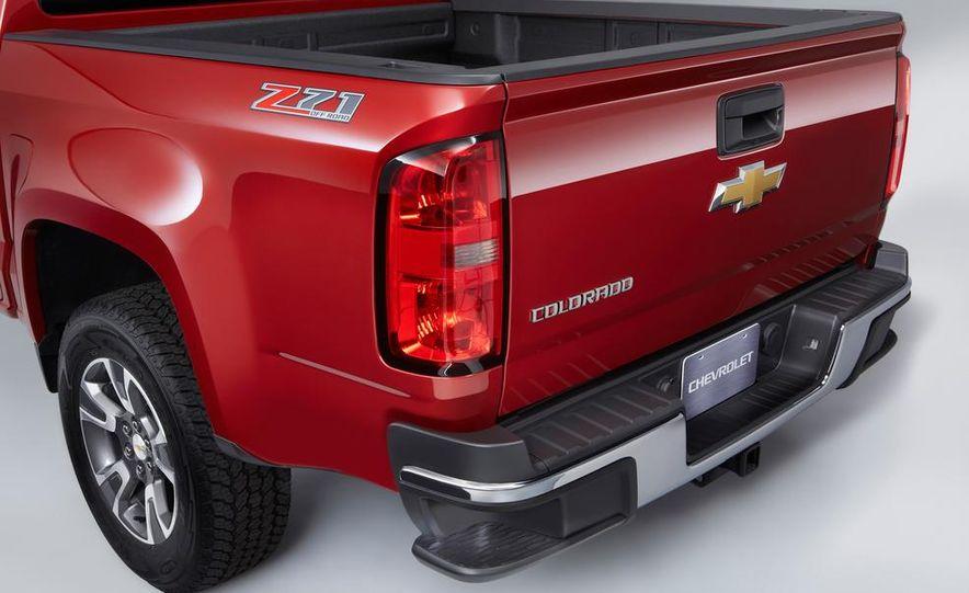 2015 Chevrolet Colorado Z71 - Slide 13