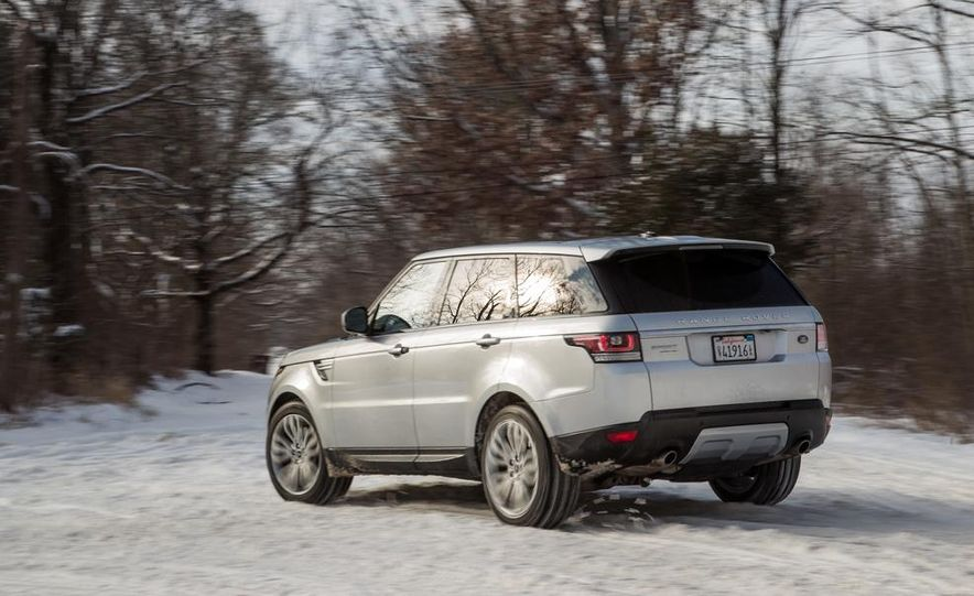 2015 Land Rover Range Rover Sport SVR (spy photo) - Slide 16