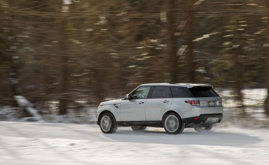 2015 Land Rover Range Rover Sport SVR (spy photo) - Slide 17