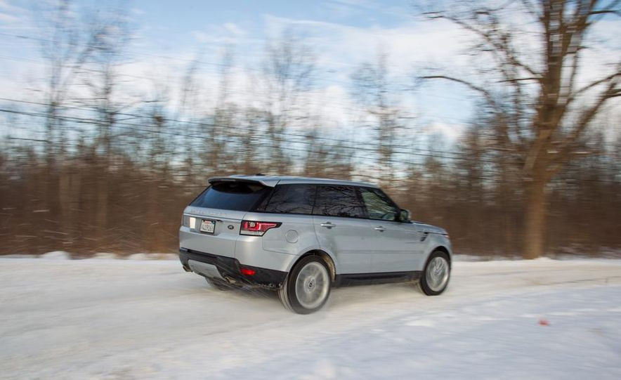 2015 Land Rover Range Rover Sport SVR (spy photo) - Slide 20