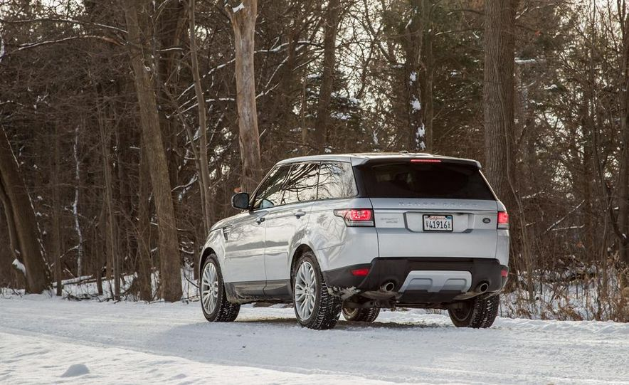 2015 Land Rover Range Rover Sport SVR (spy photo) - Slide 23