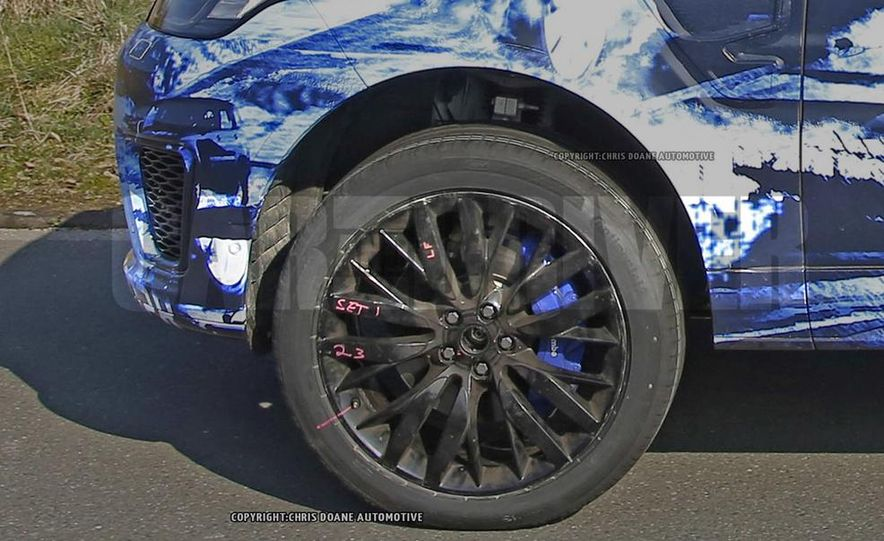 2015 Land Rover Range Rover Sport SVR (spy photo) - Slide 10