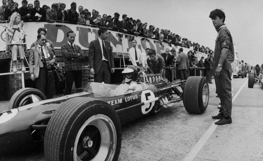 1967 Lotus 49 Ford-Cosworth - Slide 2