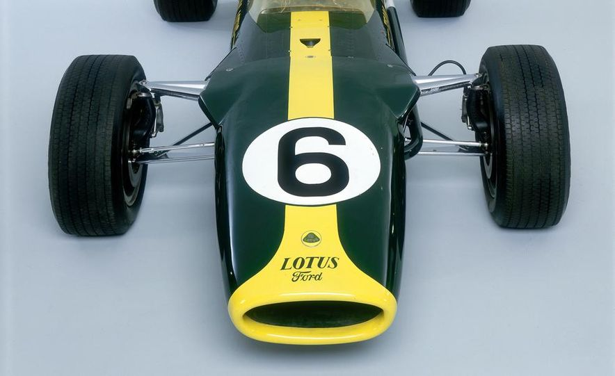 1967 Lotus 49 Ford-Cosworth - Slide 3