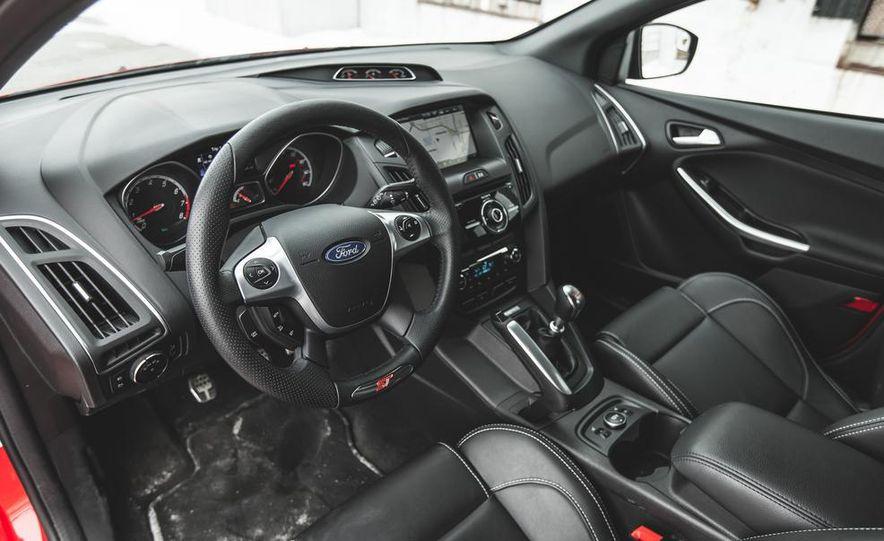 2014 Ford Focus ST - Slide 24