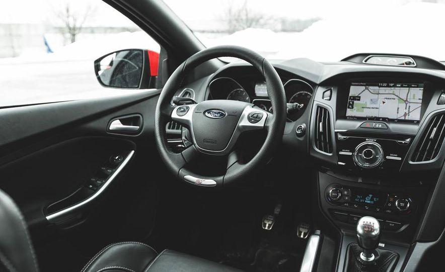 2014 Ford Focus ST - Slide 28