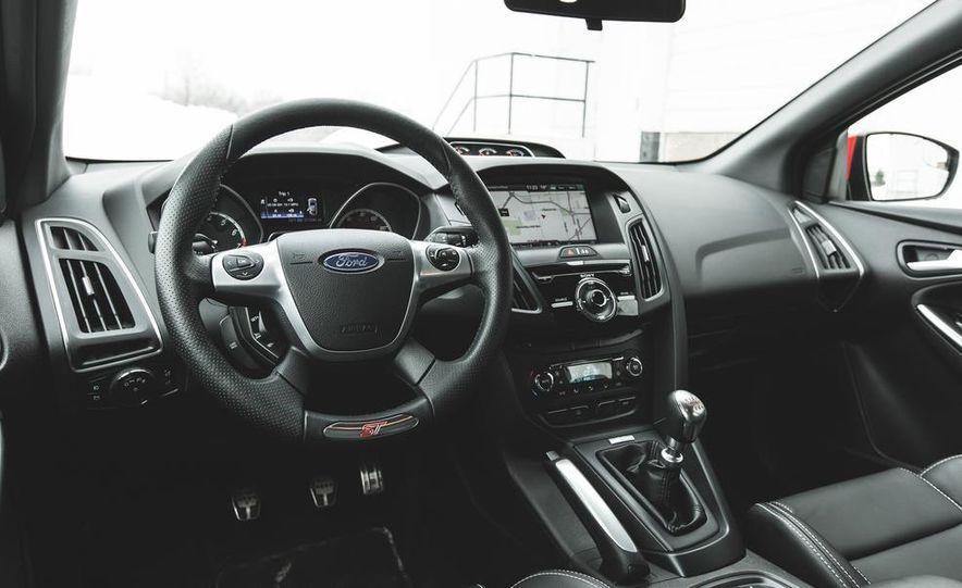 2014 Ford Focus ST - Slide 29
