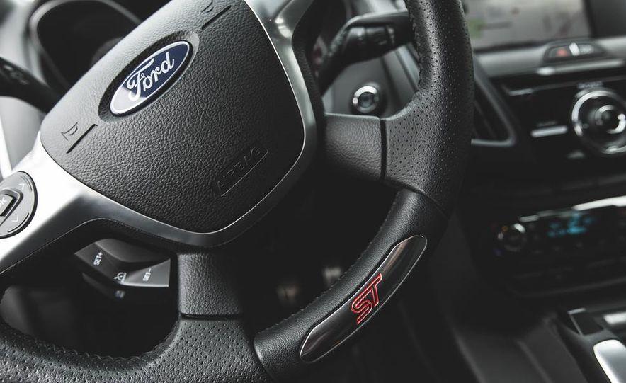 2014 Ford Focus ST - Slide 35