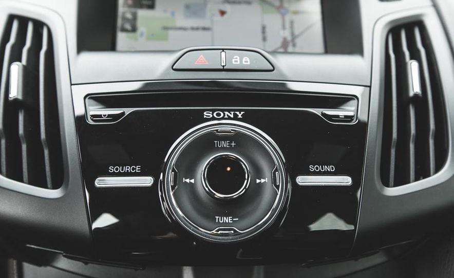 2014 Ford Focus ST - Slide 40