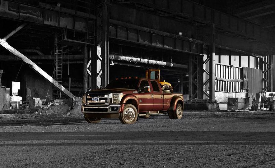 2016 Ford F-250 Super Duty (spy photo) - Slide 40