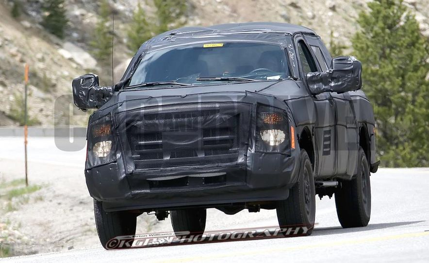 2016 Ford F-250 Super Duty (spy photo) - Slide 2