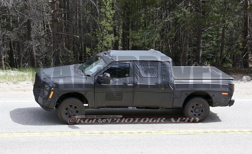2016 Ford F-250 Super Duty (spy photo) - Slide 15