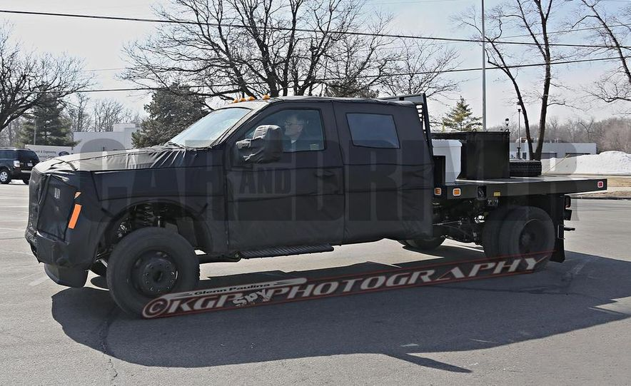 2016 Ford F-250 Super Duty (spy photo) - Slide 25