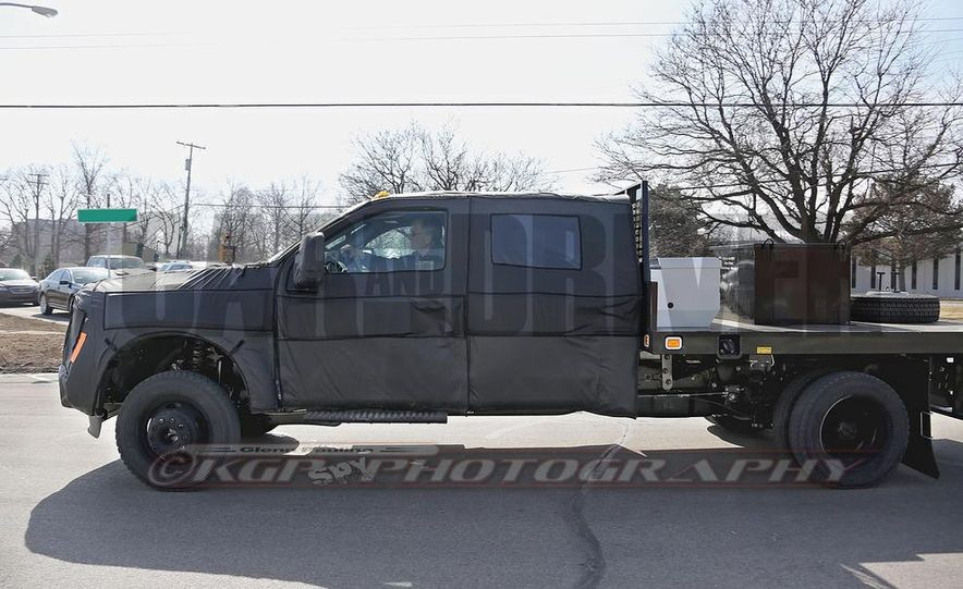 2016 Ford F-250 Super Duty (spy photo) - Slide 26
