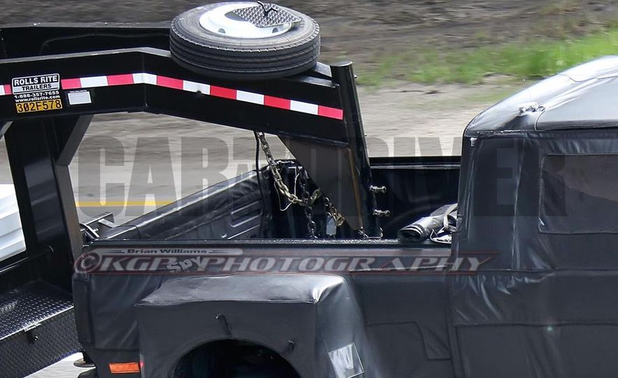 2016 Ford F-250 Super Duty (spy photo) - Slide 32